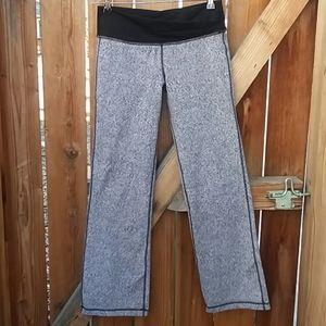 Lululemon sweatpants athletic casual pants size 8